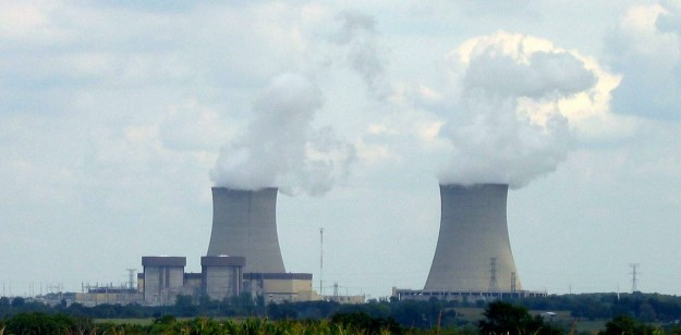 Exelon's allegedly uneconomic Byron reactors.  Photo from wikipedia.
