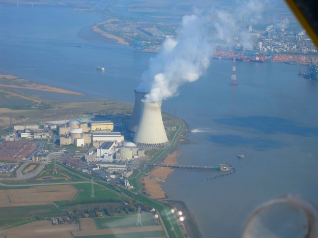 Belgium's Doel reactors. The U.S. NRC doesn't seem to care that cracking in their reactor pressure vessels may exist in U.S. reactors as well. Photo from Wikipedia.